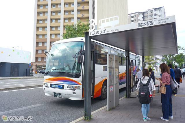 熊本駅バス停 3番乗り場