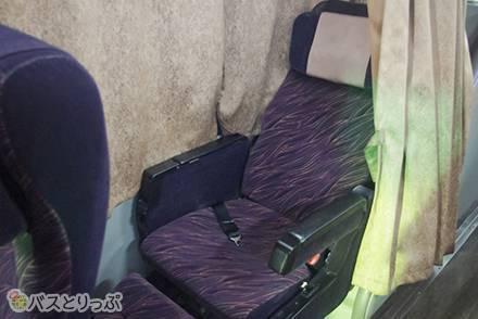 熟睡しすぎて徳島~東京間の移動が一瞬! 琴平バス(コトバス)「KOTOBUS EXPRESS」は3列独立シートで設備充実