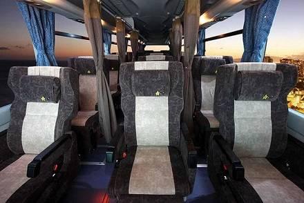 【全7種類】オリオンバスの高速バス車両を徹底比較! シートリクライニング・設備・特徴は?