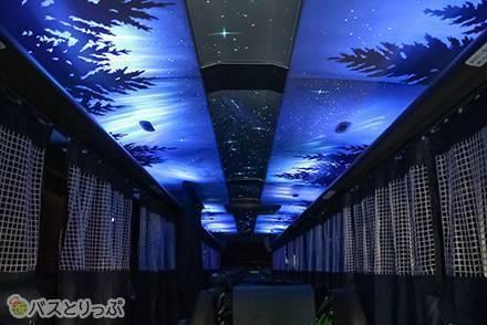 想像以上にときめき空間…プラネタリウムが楽しめる夜行バス「K☆スター・ライナー」の新型車両がお披露目