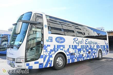 両備バスの3つの車両を比較! 3列独立シート・4列シート・ドリームスリーパーの設備を紹介