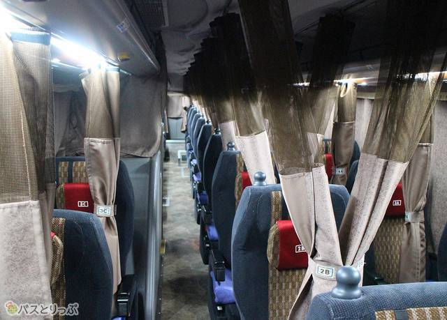 南海バス「サザンクロス」_03 車内.jpg