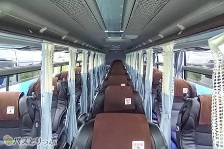 設備&シートを写真付きで解説!さくら観光バス「ミルキーウェイエクスプレス」の車両を紹介