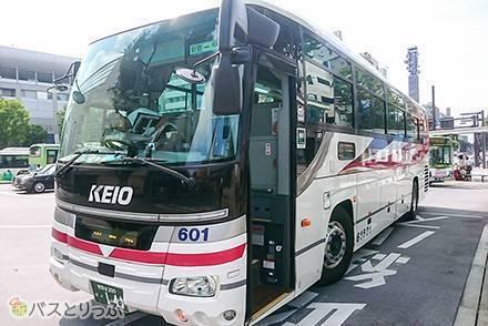 【京王バス乗車記】東京から甲府に行くなら高速バスが便利! 車両の乗り心地や設備、所要時間、運賃をまとめて紹介