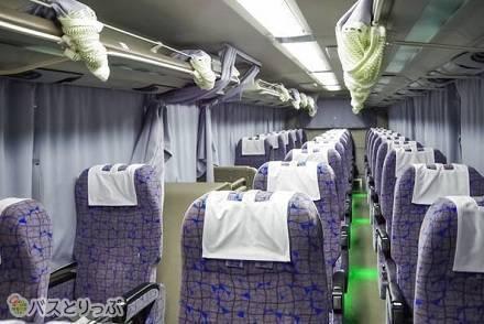 「弘南バス」の高速バスシートを比較! 3列独立シートと4列シート、車内設備を紹介