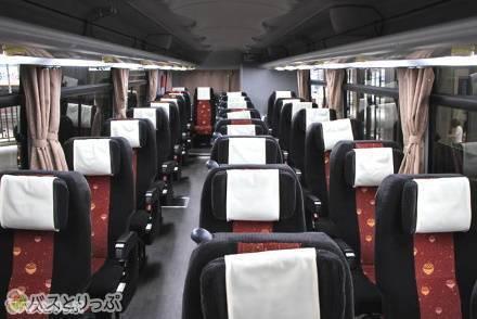 【2種類】高松エクスプレス「フットバス」の車両シートタイプ・車内設備を紹介