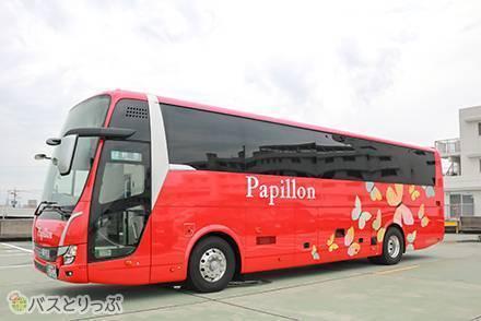 リクライニングは最大133度! カーテン付き3列独立シートで快適な岐阜バス「パピヨン号」で東京~岐阜間を移動【乗車記】