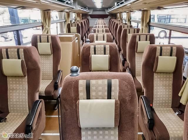 3列独立シート、座席