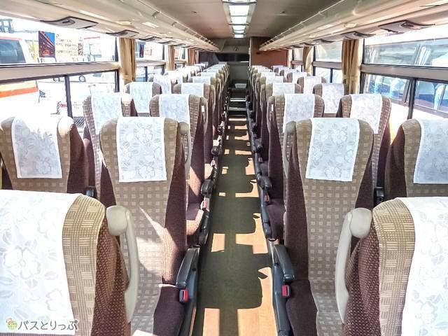 4列ワイドシートの座席