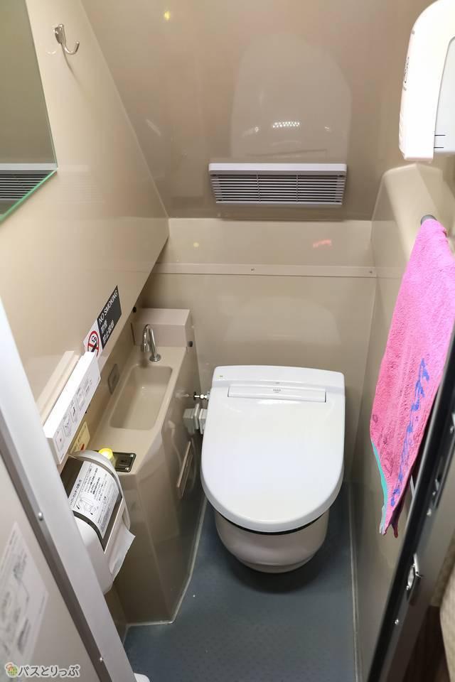 トイレの中の様子。清潔でした!