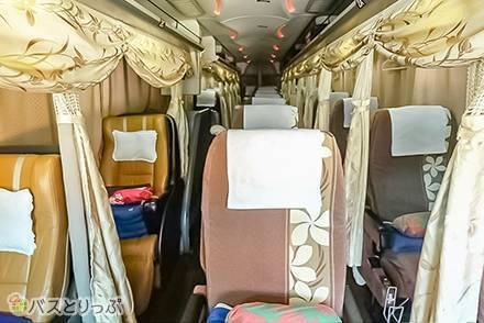 個別カーテンにルームウェアの貸出も! 女性専用3列シート夜行バス「プルメリアシリーズ」が想像以上にリラックスできる