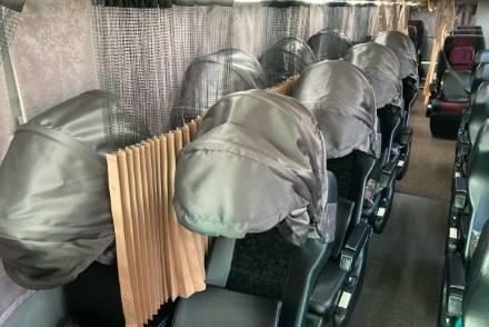 MEX青森、MEX八戸の4列シート車両に安眠・快眠フード「プライバシーシェード」を導入!