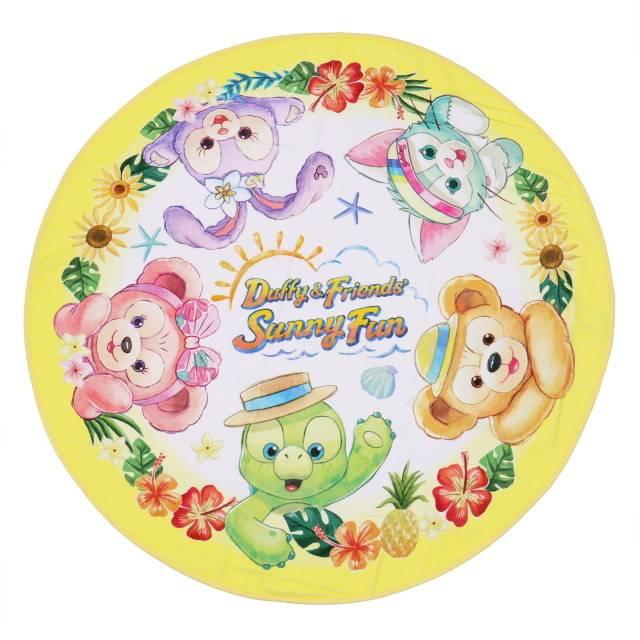「バスタオル&ケース」のタオル:4,500円(c)Disney