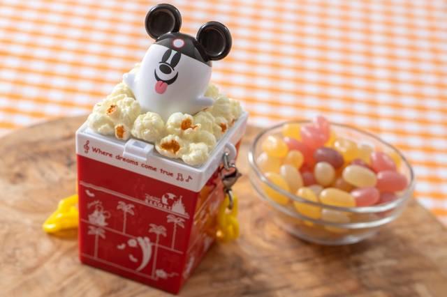 グミキャンディー、ミニスナックケース付き 950円(c)Disney