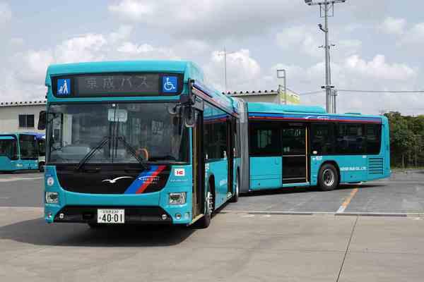 日野ブルーリボンハイブリッド連節バス