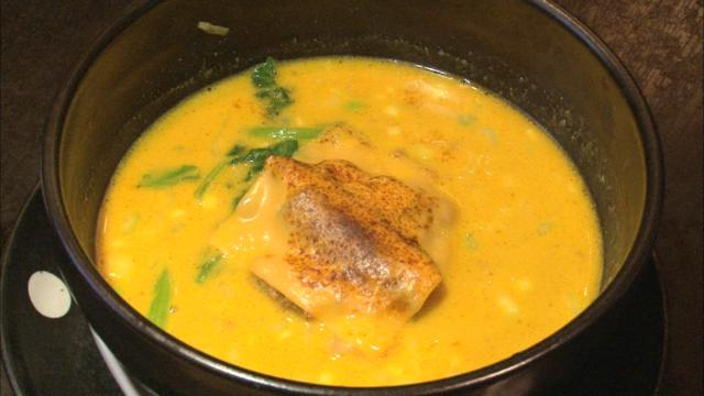 担々麺①引き.png